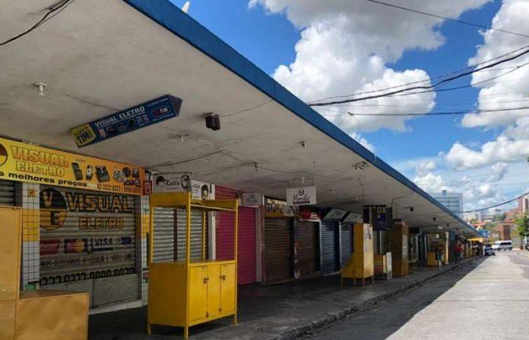 """Em novo decreto, PMCG fecha bancos e interdita ruas e avenidas do Centro durante os cinco dias do """"feriadão"""""""