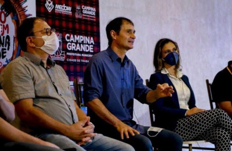 Gestão Romero/Enivaldo em Campina pede relatório epidemiológico sobre Covid-19 a servidores não capacitados para a área