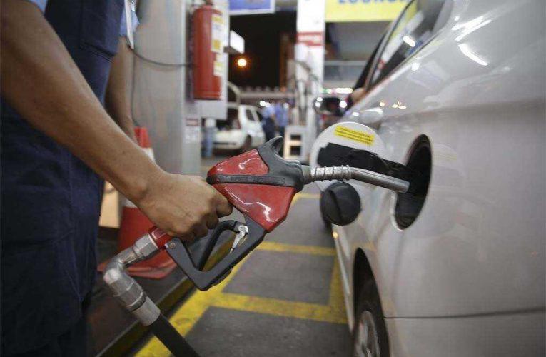 Vem aí um novo tipo de gasolina no Brasil: único, obrigatório e mais caro