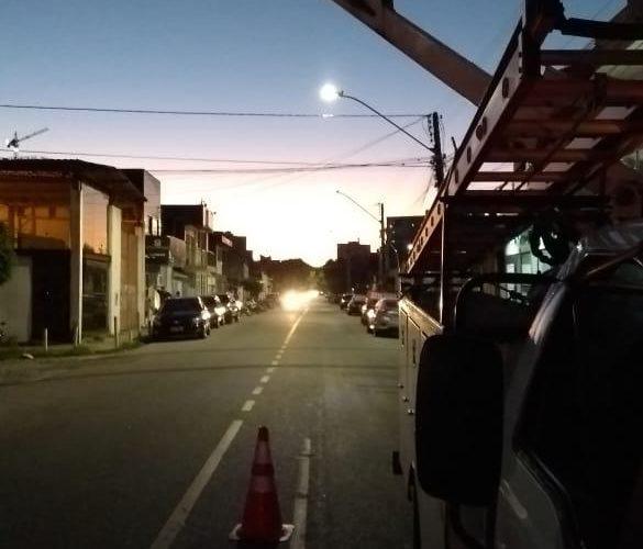 Fim do Governo Romero: prefeito anuncia retomada de obras apenas com iluminação de ruas